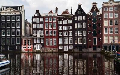 Gli italiani preferiscono Amsterdam, Londra e Ibiza