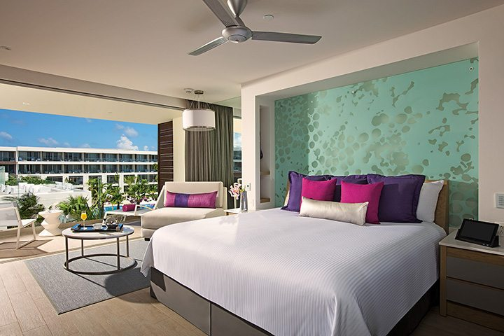 Allure Junior Suite Tropical View Bedroom.