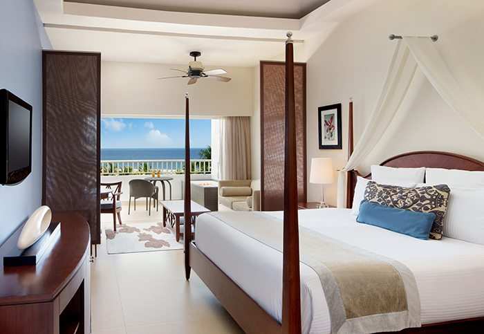 Preferred Club Junior Suite Ocean View King.