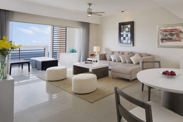 Preferred Club Honeymoon Suite.
