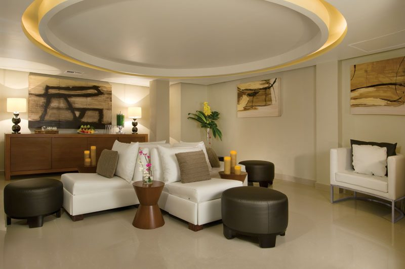 The Preferred Club spa room with opulent seating arrangements and a relaxing ambience.