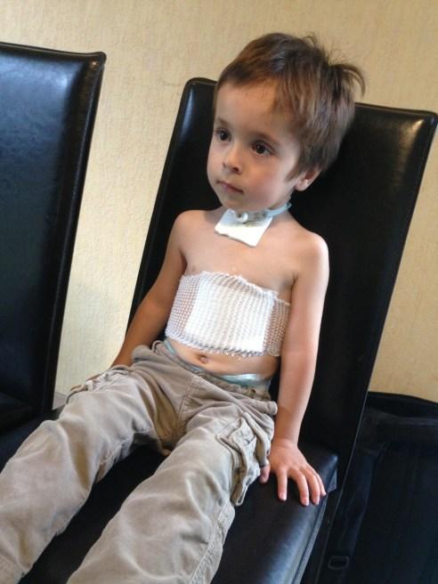 pansement gastrostomie trachéotomie vacterl