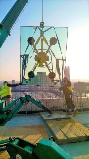 MRT4 Glass Lifter
