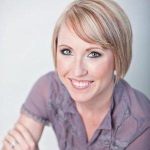 Meet Anna Moseley from AskAnnaMoseley.com