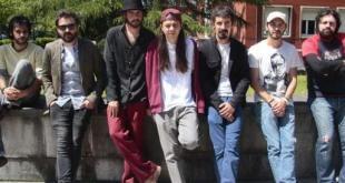 Ley de gravedad es ofrecido en concierto por Alberto & García