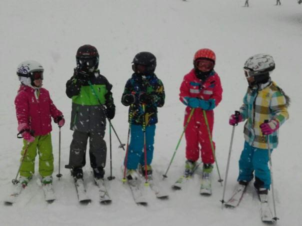 skiklasje in de sneeuw
