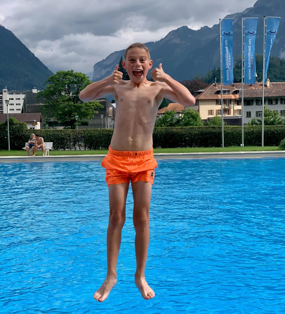 Interlaken - zwembad- Berner Oberland