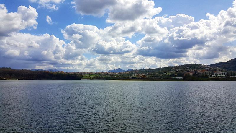 Visitare Tirana con i bambini, lago artificiale