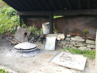 Vado in Albania, la cucina albanese, cosa mangiare, piatti tipici albanesi, sac, forno tradizionale albanese