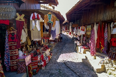 Kruja bazaar tradizionale tour e vacanze in Albania