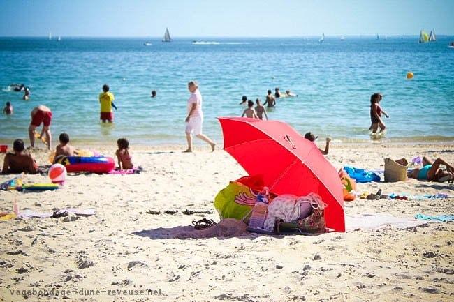 parasol solitaire plage