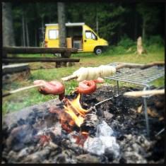 Grill-/Schlafplatz im Wald