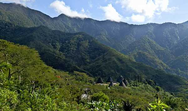 2. The isolated village of Wae Rebo_DCE