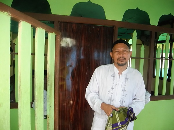 Indonesian man at mosque
