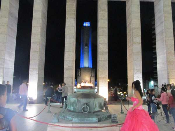 Monument-In-Rosario-2
