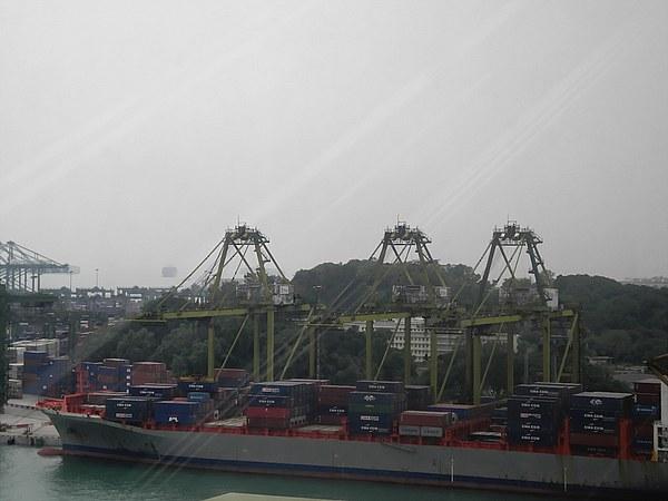 Port of Singapore (10)