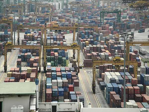 Port of Singapore (2)