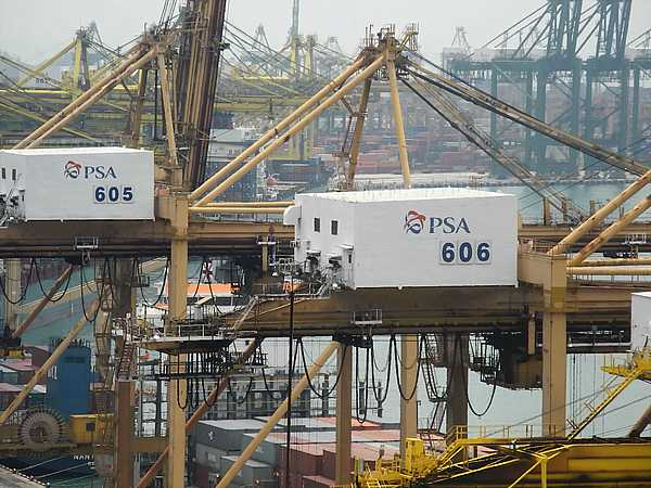 Port of Singapore (7)