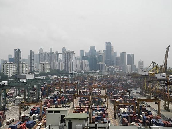 Port of Singapore (9)