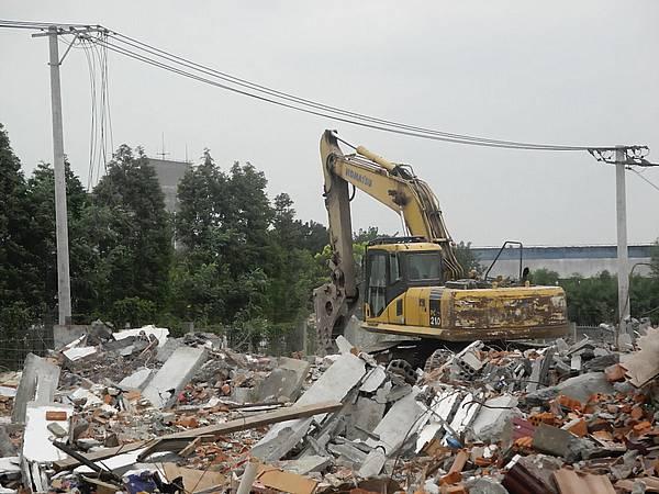 china-demolition-site