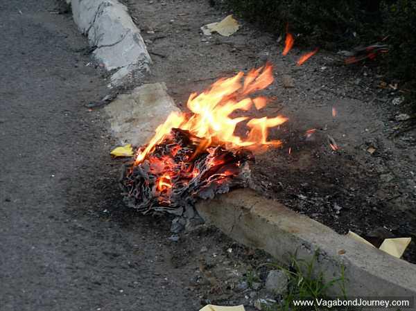 chinese-tradition-burning-joss