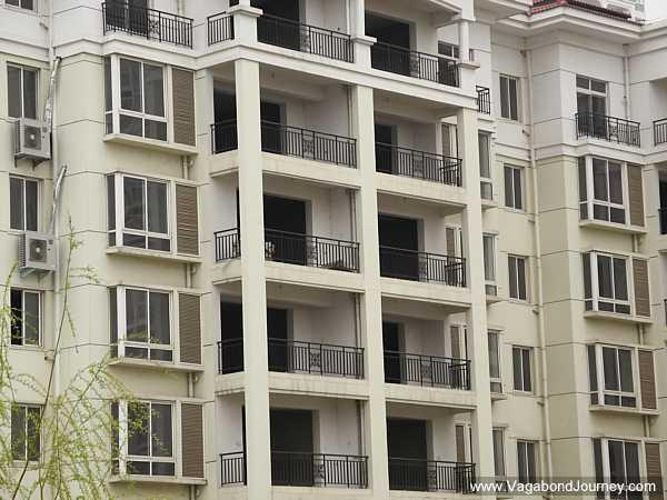 empty-apartments-china