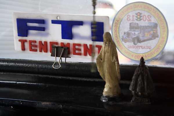 jeepney-philippines-3_DCE