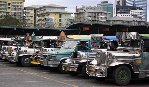 jeepney-philippines-6_DCE