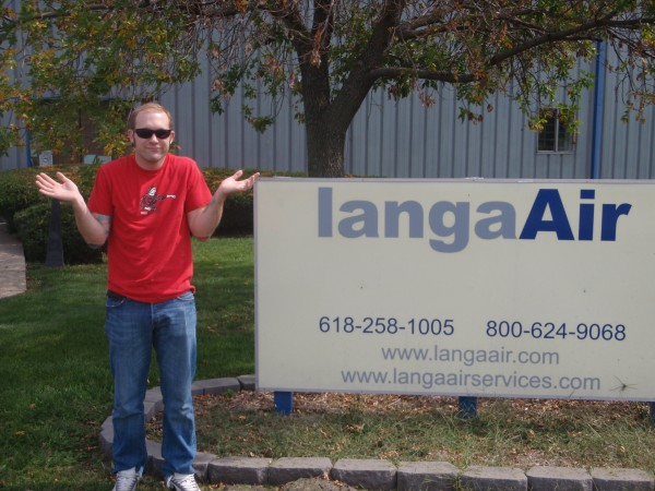 Erik in front of Langa Air