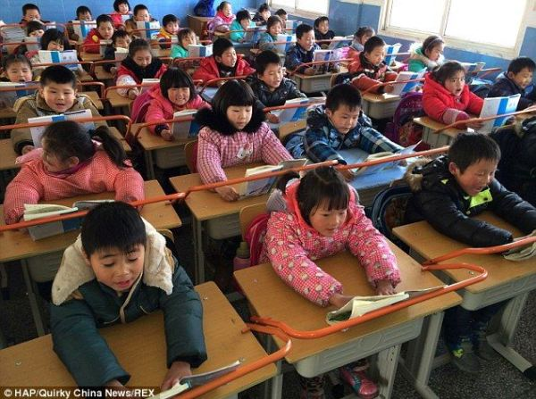 nearsighted-desks-china
