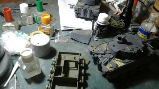tank-scale-model