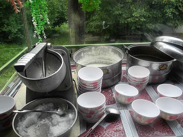 uighur ice cream making tools