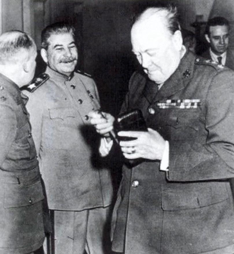 Marskalk Stalin og Winston Churchill på Jalta.