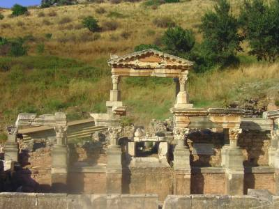 Turkish Ruins, Epheesus, Efes, Turkey Tours