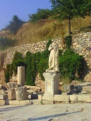fake statues, ephesus, Efes