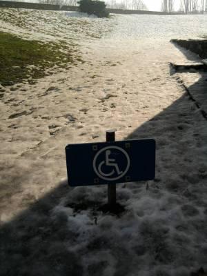 icy handicap ramp