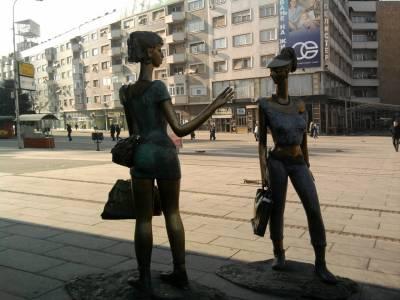 statues of shoppers in Macedonia - Skopje