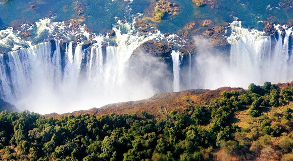 AK-47s and the Smoke that Thunders – Zimbabwe's Victoria Falls