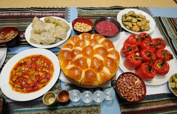 My Introduction to Bulgarian Food and Drink