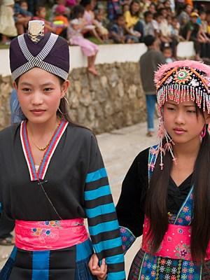 aeLuangPrabang2Hmong7A