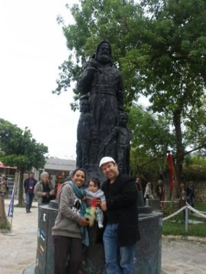 Baba Noel Santa Claus Statue