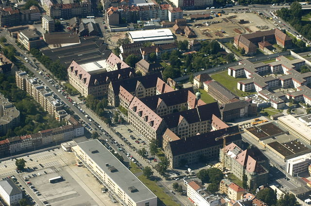 640px-Nuremberg_Aerial_Justizpalast