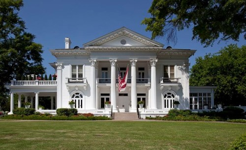Alabama Governor's Mansion, Montgomery Carol M. Highsmith [Public domain or Public domain], via Wikimedia Commons