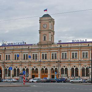 640px-SPB_Mosvokzal_building