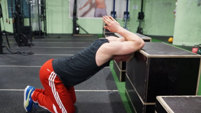 thoracic mobility exercise for ribcage mobility and serratus anterior