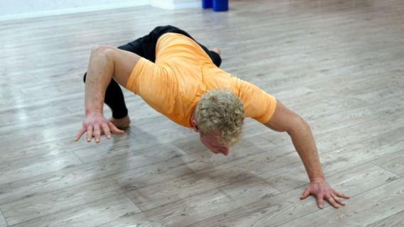 lizard crawl movement training