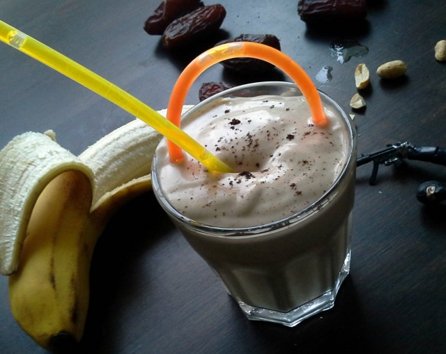 Banaani-Maapähkinävoi-Smoothie