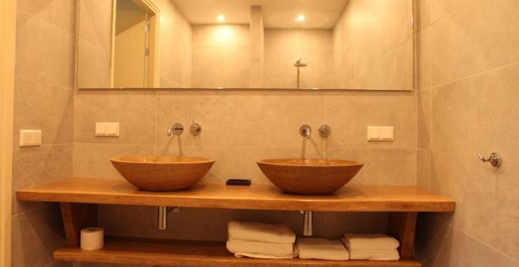 Vakantiehuis-Duinvilla-Noordwijk-badkamer