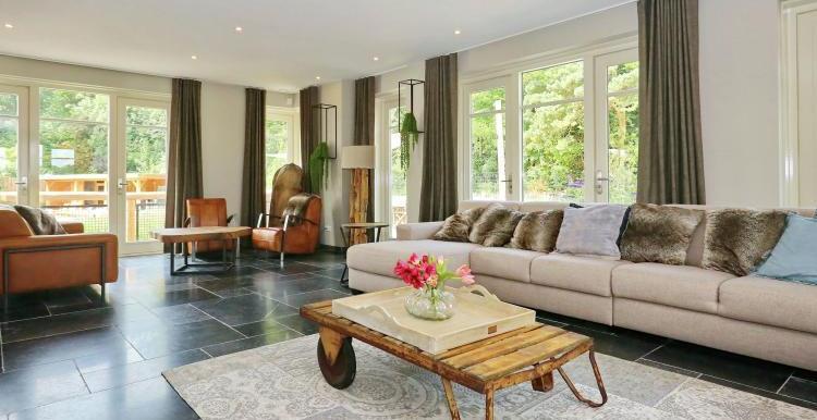 Vakantiehuis-Duinvilla-Noordwijk-woonkamer