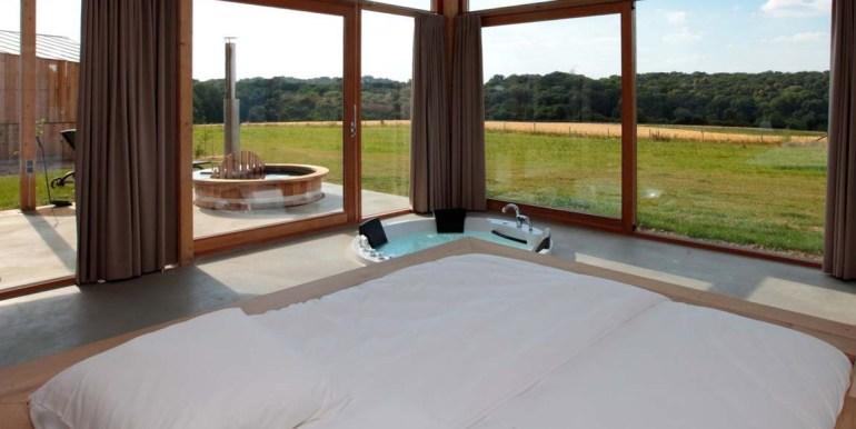 Natuurloft® Water met hottub en jacuzzi Landgoed St. Geertruid Limburg 2